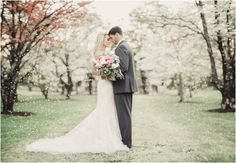 Knoxville Spring Wedding Style Shoot at Sequoyah Hills Park