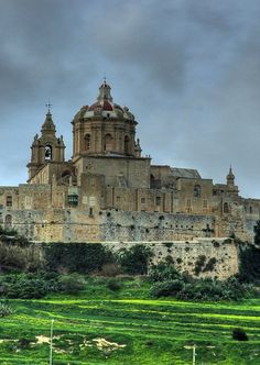 Mdina, Older city of Malta beautifullllll shot in winter