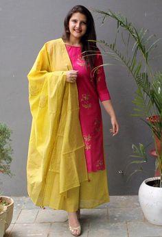 Best 12 Ethnic wear – Page 399272323216505114 – SkillOfKing. Salwar Designs, Silk Kurti Designs, Kurta Designs Women, Kurti Designs Party Wear, Blouse Designs, Designer Salwar Kameez, Pakistani Dresses, Indian Dresses, Indian Outfits