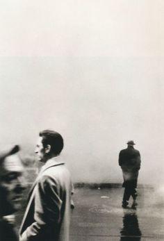Steve Schapiro - Three Men, New York, 1961. S)