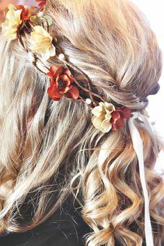 Floral hair wreaths... so pretty!