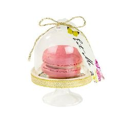 These curious cake domes from Talking Tables are the finishing touch to your Mad Hatters tea party. A set of 6 mini cloche cake stands, each features a 'Eat me' tags made famous in Lewis Carroll's Alice in Wonderland stories. Perfect for mini meringues an Alice In Wonderland Cupcakes, Alice In Wonderland Decorations, Wonderland Party, Mad Hatter Cake, Mad Hatter Tea, Mad Hatters, Tapas, Mini Cake Stand, Mini Meringues