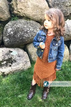 Free pattern for an easy crochet toddler dress. Even if you are a beginner crocheter, you can make this dress for the little girls in your life. The beautiful suede look is achieved with Lion Brand Jeans yarn in top stitch.