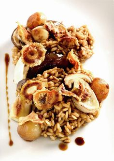 Arroz con alcachofas y hongos. ¡Sabor! Home Recipes, New Recipes, Recipies, Favorite Recipes, Take The Cannoli, Cooking Rice, How To Cook Rice, Wild Rice, Spanish Food
