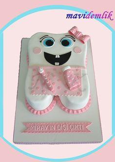New Cake : Blue Teapot Cuisine - Izmir Boutique Cake Cookie Cupcake Design - Candy Dough . Cupcakes Design, Dental Cake, Tooth Cake, Easter Bunny Cake, First Tooth, New Cake, Sugar Paste, Dental Hygiene, Ideas Para Fiestas