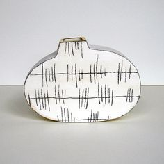 small white wabi sabi vase with underglaze by gonetopottexas