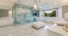 Luxury Master Bathrooms, Bathroom Design Luxury, Dream Bathrooms, Amazing Bathrooms, White Bathrooms, Dream Home Design, Home Interior Design, House Design, Casa Kardashian