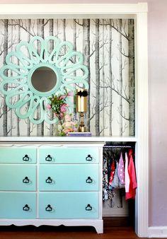 wallpaper and shelf!