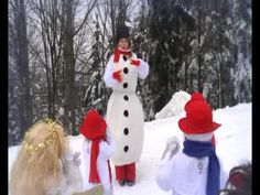 10 SNĚHULACI - YouTube Christmas Movies, Snowman, Youtube, Snowmen, Noel, Youtubers, Youtube Movies