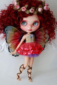 Meet Tianna ❤️ she's a little magical fairy 🍄🍂🌼✨ Pretty Dolls, Beautiful Dolls, Ooak Dolls, Blythe Dolls, Doll Repaint, Little Doll, Fairy Dolls, Custom Dolls, Ball Jointed Dolls