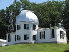 Shattuck Observatory at Dartmouth College open to the public on certain nights for viewing, check the News for dates and times New England Cottage, Astronomical Observatory, San Jose California, Dartmouth College, Higher Learning, Space And Astronomy, Dream Rooms, New Hampshire, Stargazing