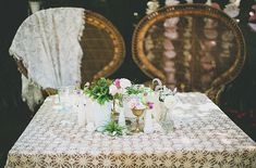 sweetheart table. peacock chairs. pow wow vintage & sitting in a tree.