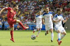 Sau trận Nga để thua Bỉ với tỷ số tối thiểu vào đêm qua, HLV Fabio Capello cho biết ông hài lòng về các học trò và kết quả trận đấu là không...  http://ole.vn/bong-da-anh.html http://ole.vn/lich-phat-song-bong-da.html http://ole.vn/xem-bong-da-truc-tuyen.html http://xoso.wap.vn/ket-qua-xo-so-mien-bac-xstd.html http://giamcaneva.com