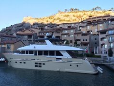 Nuovo C-Boat Boat, Mansions, House Styles, Home Decor, Dinghy, Decoration Home, Manor Houses, Room Decor, Villas