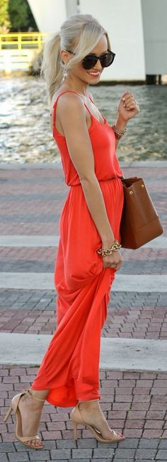 Coral maxi with camel shoes and s big brown bag + the sun glasses lovee. Maxi skirts are everywhere know how to style yours