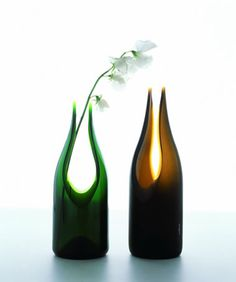 More vases out of recycled wine bottles...
