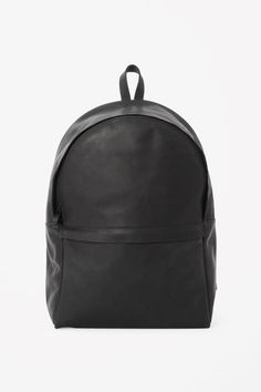 COS | Rounded leather backpack