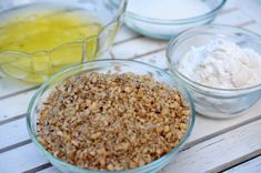Prajitura Snickers - Retete culinare by Teo's Kitchen Food Design, Caramel, Sugar, Cakes, Hair, Beauty, Salt Water Taffy, Beleza, Toffee
