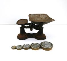 Antique Cast Iron Balance Scale / 7 Pound by Reconstitutions