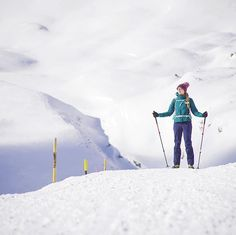 Winter hiking at San Bernardino Pass in Swiss Alps.  #hikingtrail #trekking #winter #mountaineering #inlovewithswitzerland #myswitzerland #swissalps #swissgirl #wgorachjestwszystkocokocham #white #arcteryx #salomon #góry