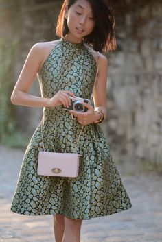 Margaret Zhang in a GORGEOUS Kenzo dress. Simplicity at its best. Shine By Three, I Love Fashion, Fashion Rocks, Fashion Fashion, Jacquard Dress, Olivia Palermo, Look Chic, Gigi Hadid, Party Fashion