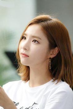 Beautiful Asian Girls, Most Beautiful, Shin Se Kyung, Korean Actresses, Korea Fashion, Woman Crush, Girl Photography, Beautiful Actresses, Girl Crushes