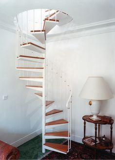 1000 images about escalier on pinterest stairs open staircase and spiral stair. Black Bedroom Furniture Sets. Home Design Ideas