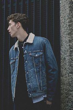 Levi's - Veste en jean Johnny avec col en peau de mouton - 120€
