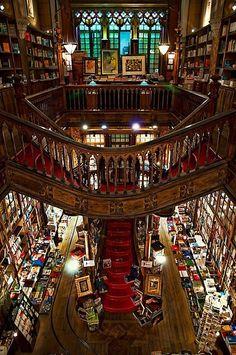 Livreria Lello, Porto, Portugal.