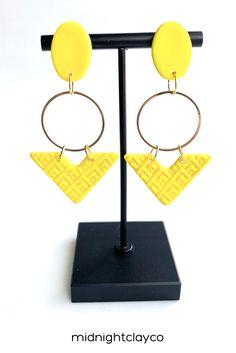 Birthday Gifts For Sister, Unique Birthday Gifts, Earrings Handmade, Etsy Earrings, How To Clean Earrings, Great Mothers Day Gifts, Yellow Earrings, Triangle Earrings, Stainless Steel Earrings