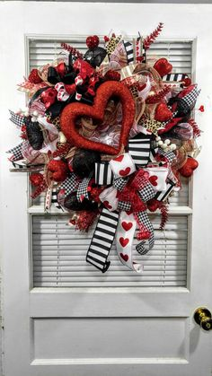 Valentines Day Decor : Red Valentines Day wreath Red hearts wreath large Valentines Day wreath deco mesh wreath front door wreath Valentine decor by Thispreciousmess on Etsy Funny Valentine, Roses Valentine, Valentine Day Wreaths, Valentines Day Decorations, Valentines Diy, Printable Valentine, Christmas Wreaths For Front Door, Holiday Wreaths, Christmas Diy