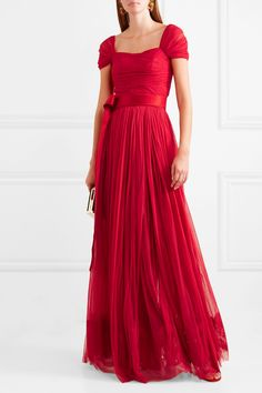 Red silk-chiffon and satin Concealed hook and zip fastening at back silk; lining: nylon, cotton, elastane Dry clean Made in Italy Evening Outfits, Evening Dresses, Prom Dresses, Long Dresses, Chiffon Gown, Silk Dress, Dress Skirt, Dolce And Gabbana Earrings, Black Party Dresses