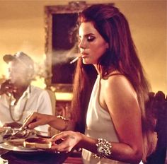 "The ""Gangster Nancy Sinatra"" Style of Lana Del Rey"