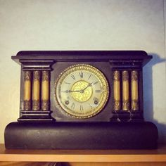 Gilbert antique american mantel clock. New addition to the house. #gilbertclock #winsted #connecticut #antique #clock #old #ticktock #time #american #madeinusa #instalike #instalikes #instaclock #instatime #historic #coololdthings #vintage #oldstyle #antiqueclock #antik #antiques #oldclock #clockwork #windupclock