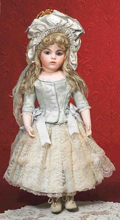 Bru bebe French antique doll