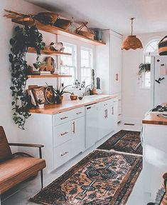 Bohemian Kitchen Decor, Home Decor Kitchen, Kitchen Interior, Home Kitchens, Kitchen Ideas, Design Kitchen, Kitchen Decorations, Kitchen Rustic, Open Kitchen