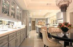 Jennifer Lopez Kitchen Photos. Jennifer Lopez Kitchen Pictures #JenniferLopez  #JenniferLopezKitchen