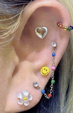Ear Jewelry, Hippie Jewelry, Cute Jewelry, Body Jewelry, Jewelry Accessories, Jewlery, Pretty Ear Piercings, Ear Peircings, Different Ear Piercings