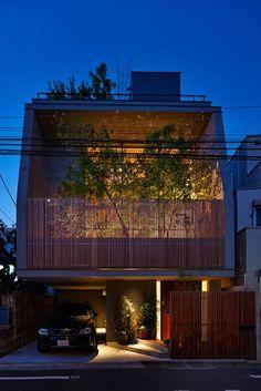 Villa Design, Facade Design, Exterior Design, Minimalist House Design, Modern House Design, Modern Houses, Small Villa, Japanese Style House, Interior Design Renderings