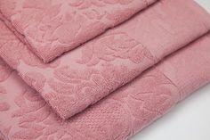 Toalha de Banho Medalhão Rosa | A Loja do Gato Preto | #alojadogatopreto | #shoponline