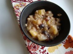 oatmeal & a marathon {pear, apple, & cherry oatmeal, for you & baby stage 2+} - in sock monkey slippers