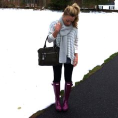 sound to the bay: wardrobe: sweater + rain boots