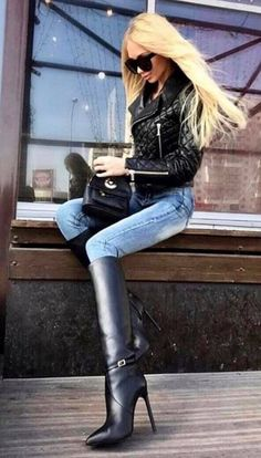Women's Knee High Boots With Heels - Come check out our amazing womens knee high boots collection and find hundreds of great knee high boots outfits for fall / winter Love this pin? Show us by hitting the SAVE button and visiting our website. High Leather Boots, High Heel Boots, Heeled Boots, Knee High Heels, Leather Flats, Grey Leather, Knee Boots, Sexy Stiefel, Sexy Boots
