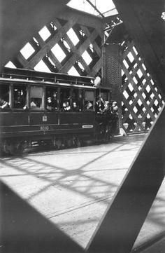 Kierbedzia Bridge, Warsaw 1940