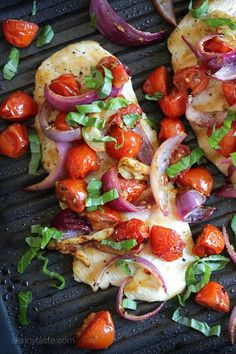 Roasted tomatoes, red onions, garlic and herbs adds tons of flavor to plain old chicken. Adding a pinch of red pepper flakes adds just a touch of heat, while the basil adds freshness to this easy, weeknight chicken dish. These roasted veggies are so good, and so pretty, it would also be great over fish such as flounder or sole. Chicken with Roasted Tomato and Red Onions Skinnytaste.com Servings: 2 • Size: 1 cutlet with veggies • Points +: 4 • Smart Points: 3 Calories: 179 • Fat:...