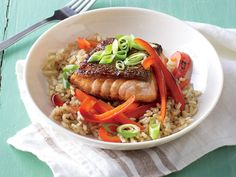 Teriyaki Salmon Rice Bowls - Quick and Easy Asian Recipes - Cooking Light Mobile Salmon Rice Bowl Recipe, Salmon And Rice, Salmon Recipes, Fish Recipes, Seafood Recipes, Dinner Recipes, Teriyaki Salmon, Teriyaki Rice, Teriyaki Chicken