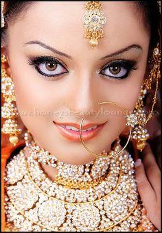 Indian bride @honeysbeautylounge
