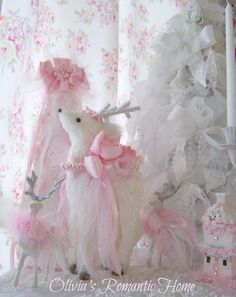 Shabby Chic Christmas Decorating Ideas | Beautiful pink reindeer by Olivias Romantic Home - Etsy