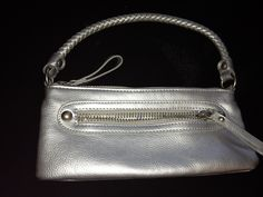 SILVER LEATHER HOLLYWOOD BAG SALE 24.00 SHALL02@HOTMAIL.COM