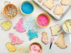 GH0213_animal-sugar-cookies_s4x3.jpg.rend.snigalleryslide.jpeg